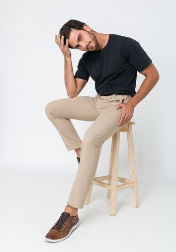 Calça Masculina Slim com Prega Kaki