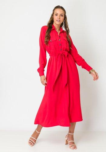 Vestido Chemise Midi com Bolsos Vermelho